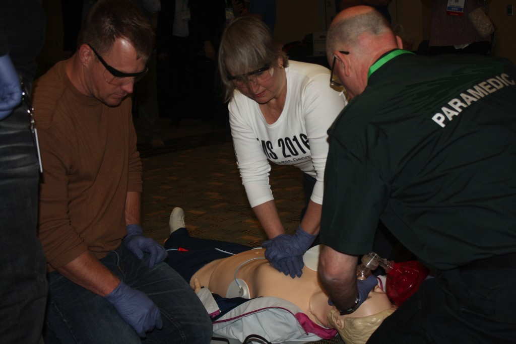 High Performance CPR training at EMS Today 2015